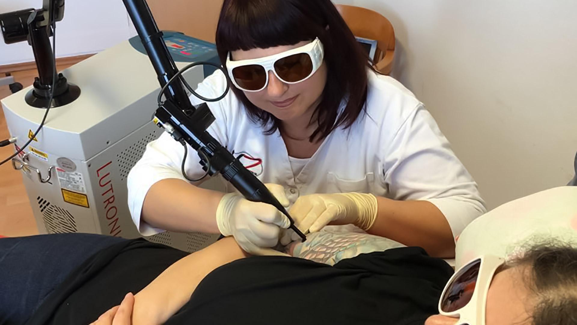 LKZ Lasertattoo Entfernung Behandlung